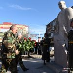 Bako Sahakyan and Serzh Sargsyanlaid wreaths to the monument of Marshal Baghramyan in Stepanakert